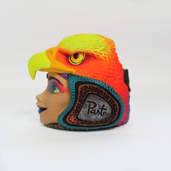 Réplica Carroza en Portalapiceros Cabeza de Águila Rostro de Mujer