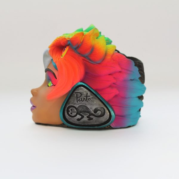 Réplica Carroza en Portalapiceros Cabeza de Búho Rostro de Mujer