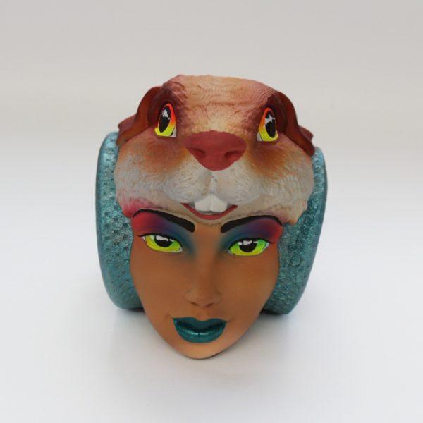 Réplica Carroza en Portalapiceros Cabeza de Cuy Rostro de Mujer